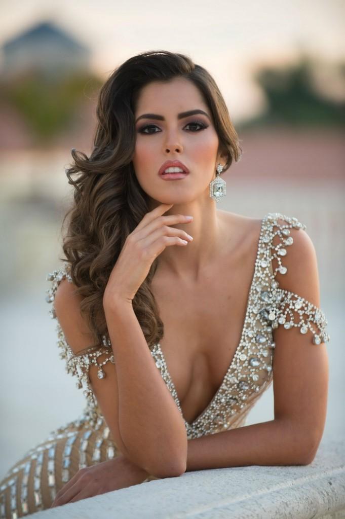 Paulina-Vega